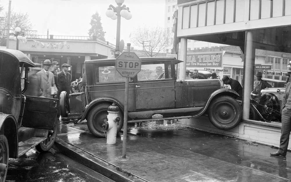 automobile accident, 1929