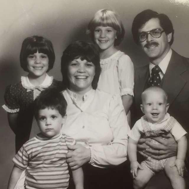 DLORLO-family-1983